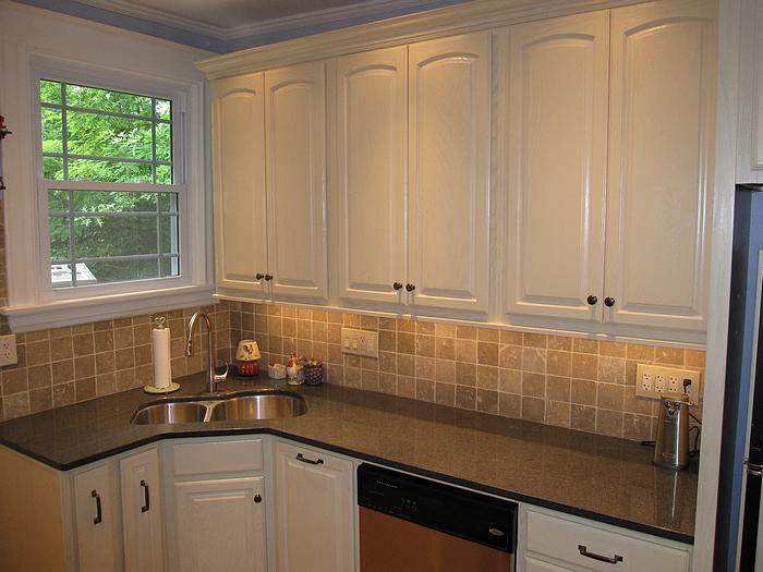 Kitchen remodel in norwood ohio near cincinnati for Cincinnati kitchen cabinets